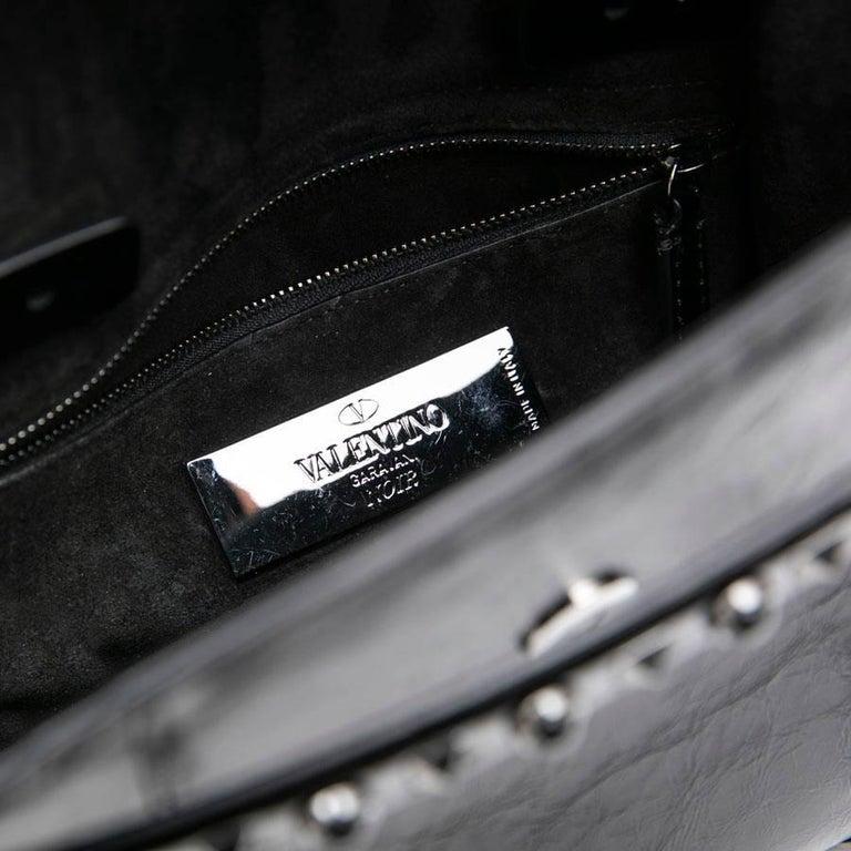VALENTINO Bag in Aged Semi Matte Black Leather For Sale 9