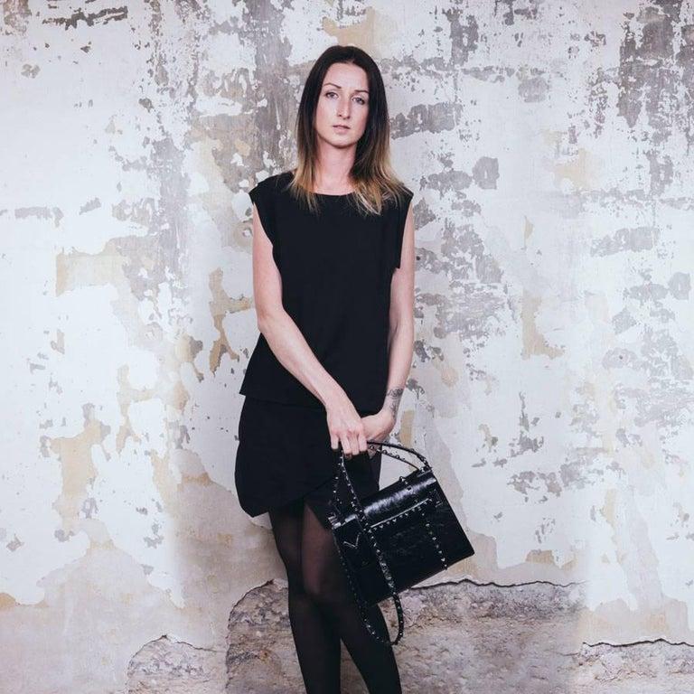 VALENTINO Bag in Aged Semi Matte Black Leather For Sale 11