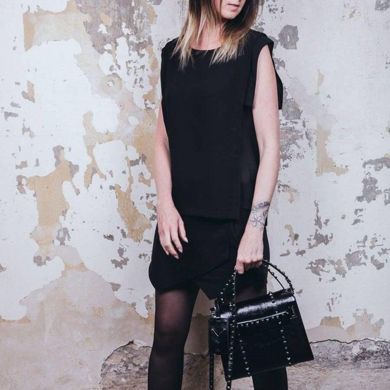 VALENTINO Bag in Aged Semi Matte Black Leather For Sale 12