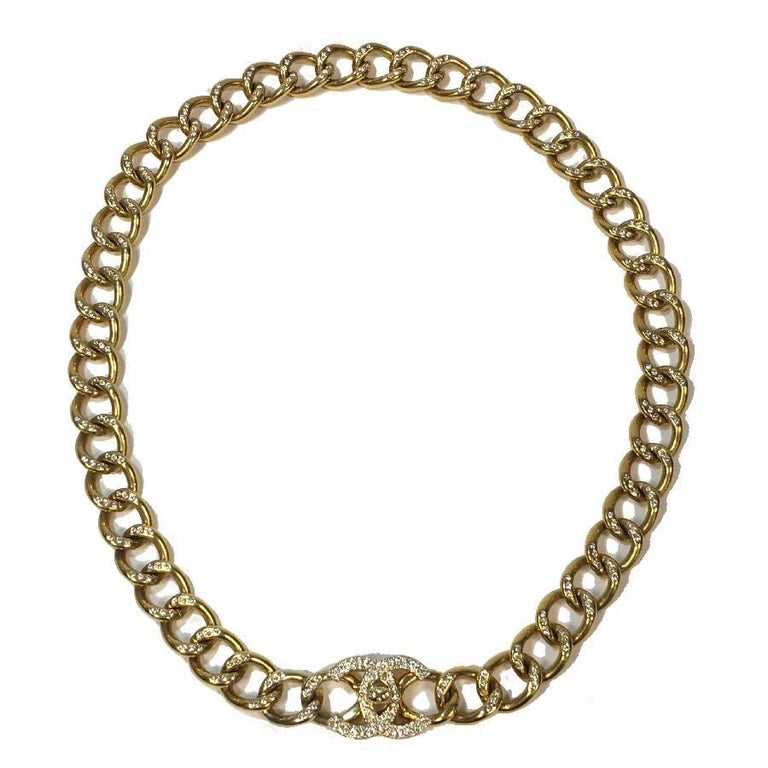 CHANEL Chain Belt in Gilt Metal set with Rhinestones and CC Clasp Size 80FR For Sale