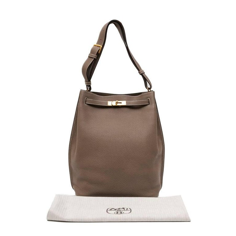 HERMES So Kelly Bag in Etoupe Clémence Taurillon Leather For Sale 10