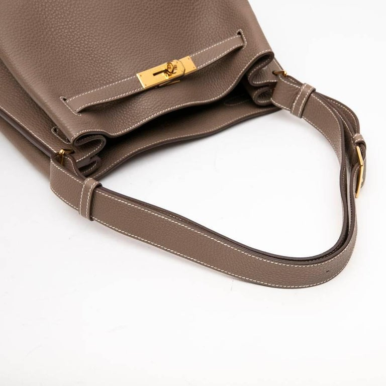 HERMES So Kelly Bag in Etoupe Clémence Taurillon Leather For Sale 4