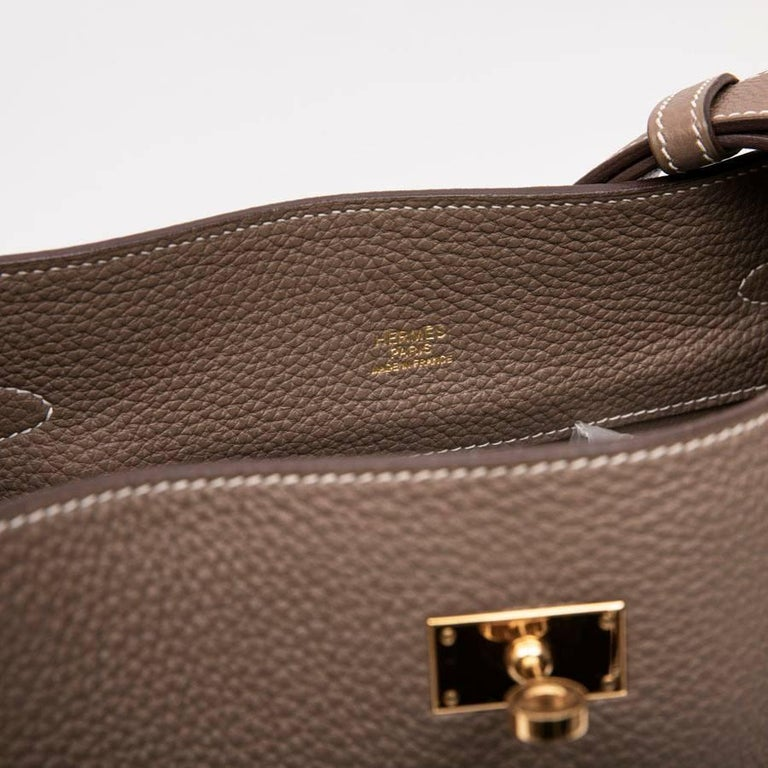 HERMES So Kelly Bag in Etoupe Clémence Taurillon Leather For Sale 5