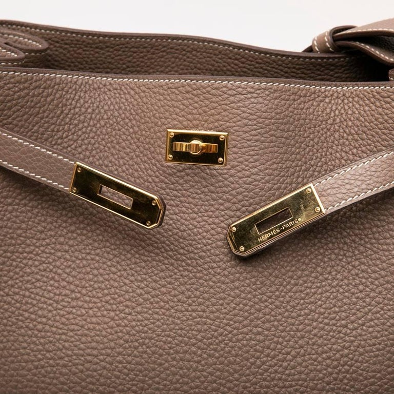 HERMES So Kelly Bag in Etoupe Clémence Taurillon Leather For Sale 6