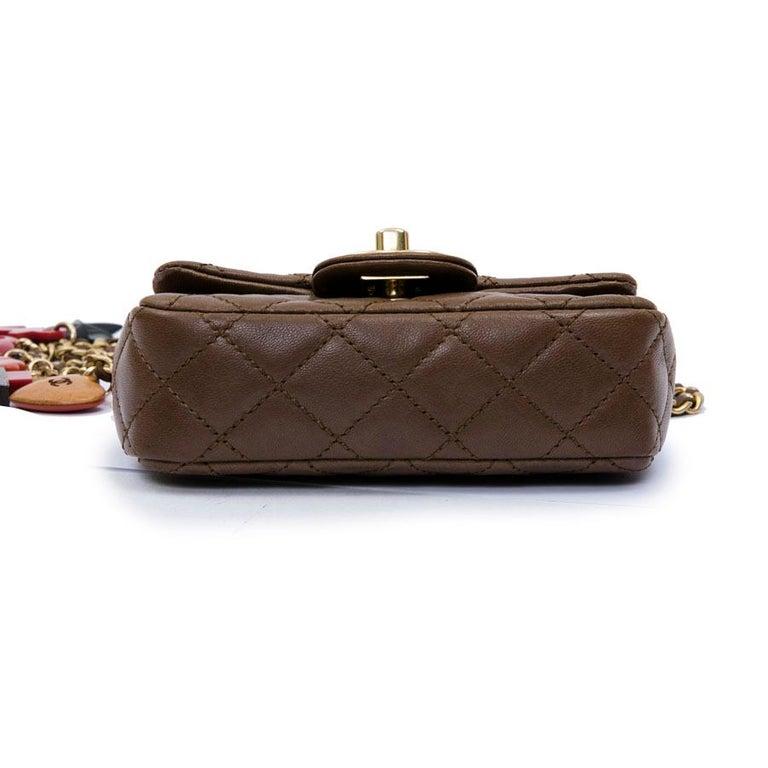 CHANEL Mini Bag in Light Brown Lamb Leather 2