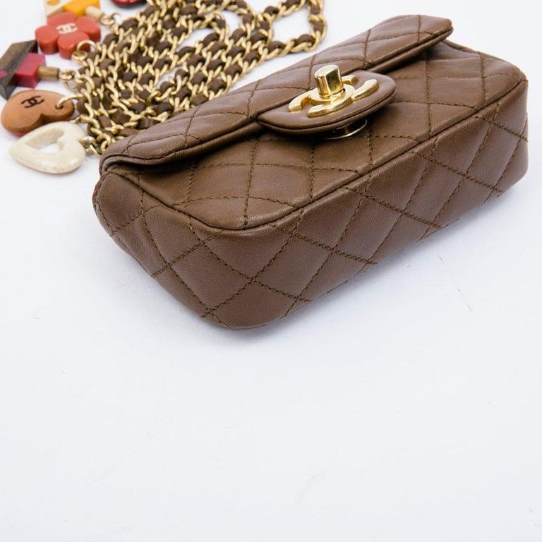 CHANEL Mini Bag in Light Brown Lamb Leather 5