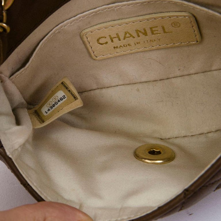 CHANEL Mini Bag in Light Brown Lamb Leather 6