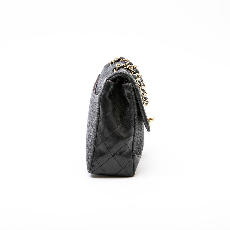 03bf349aec2f CHANEL Bag in Gray Quilted Wool and Black Calfskin Leather at 1stdibs