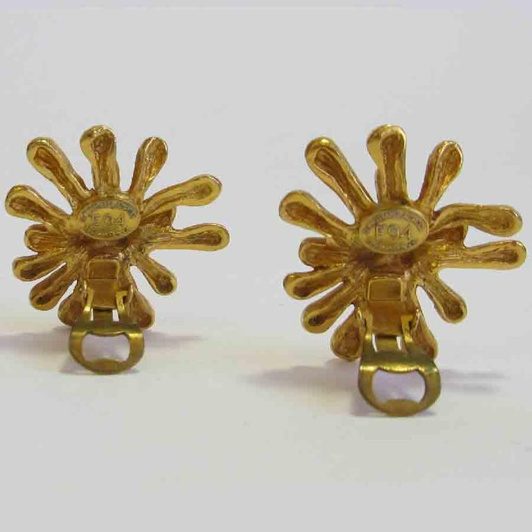 Women's CHRISTIAN LACROIX Vintage Clip-on Earrings in Gilt Metal For Sale