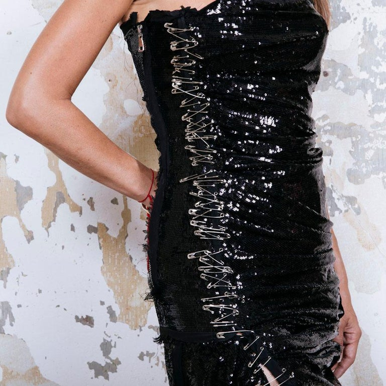 BALMAIN Cocktail Dress in Black Silk Embroidered with Black Sequins Size 38 For Sale 2