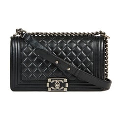 CHANEL Boy Bag in Black Quilted Lambskin
