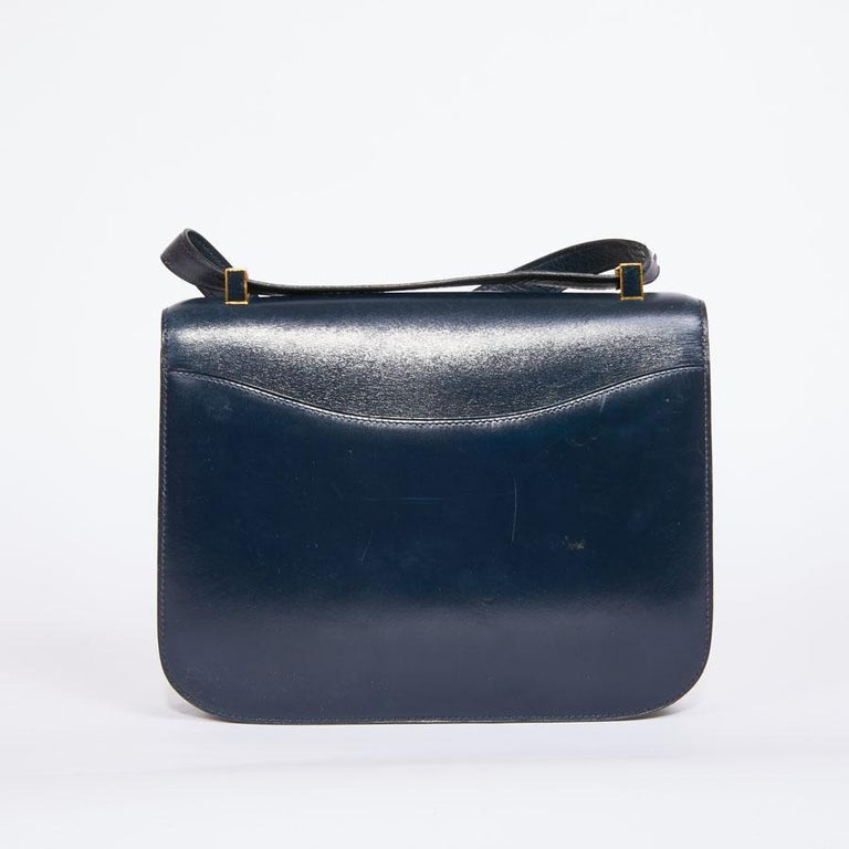 HERMES Vintage Constance Bag in Navy Blue Leather Box In Good Condition For Sale In Paris, FR