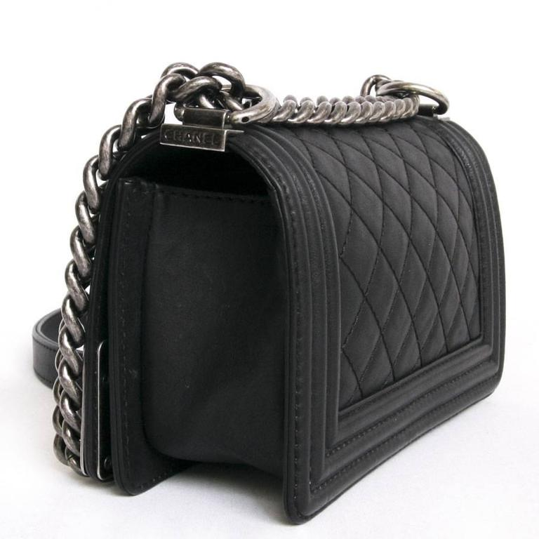 Women S Chanel Paris Dallas Boy Flap Bag In Black Quilted Leather For
