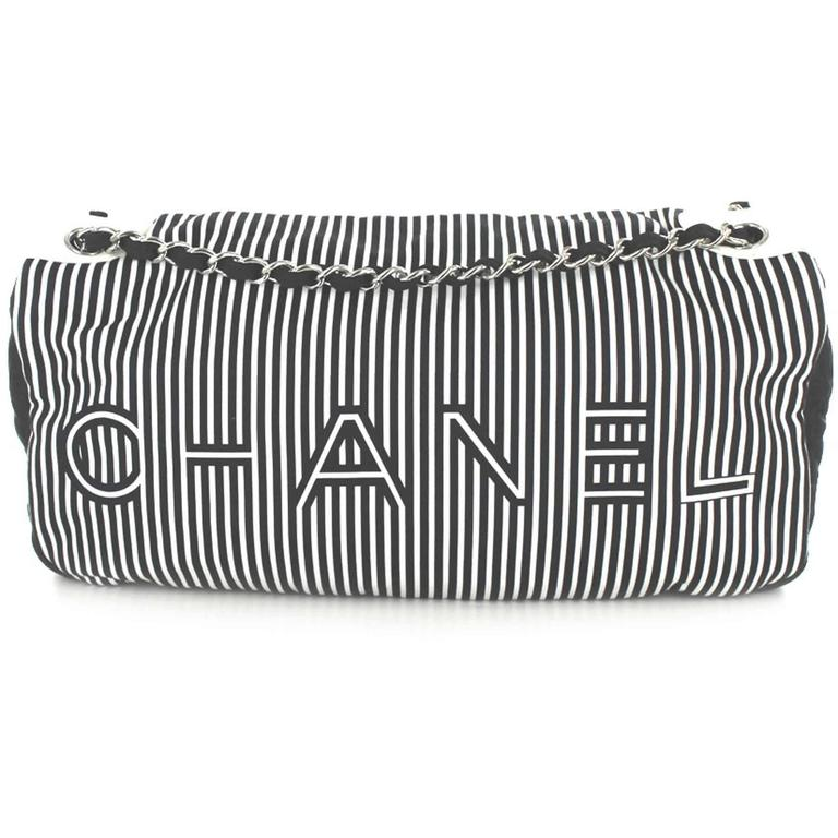 Women's or Men's CHANEL Bag in Canvas White and Blue Stripes For Sale