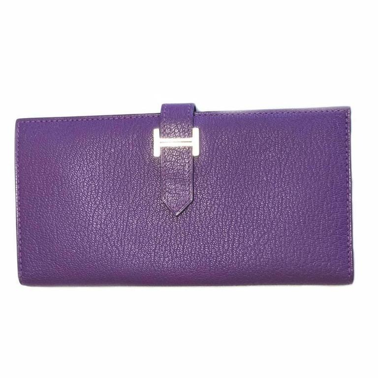 Hermès 'Bearn' Wallet in Purple Leather