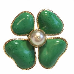MARGUERITE DE VALOIS Ring Four-leaf Clover in green Molten Glass and Pearl