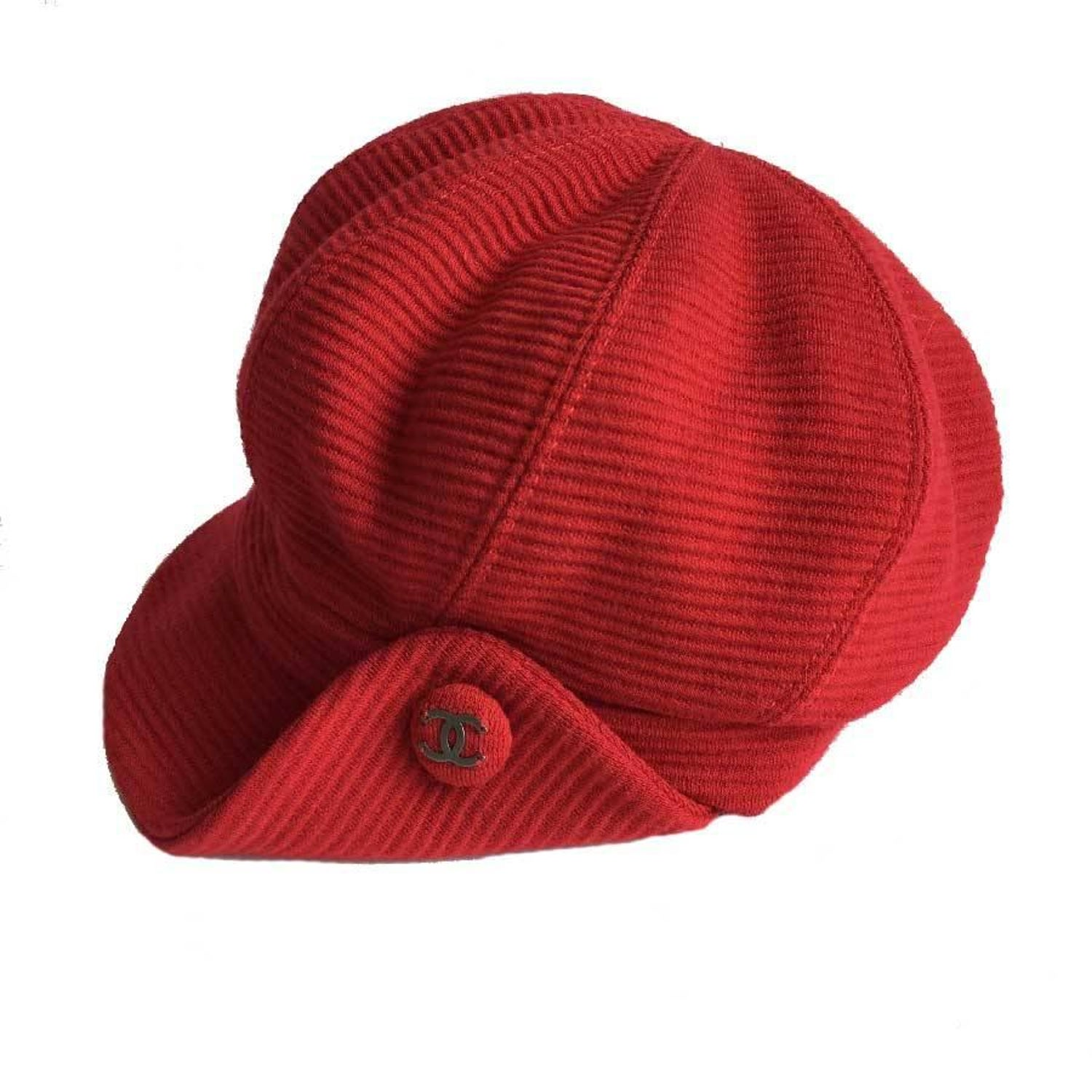 7c64bdb05f0 CHANEL Cap in Red Wool Size 57 For Sale at 1stdibs