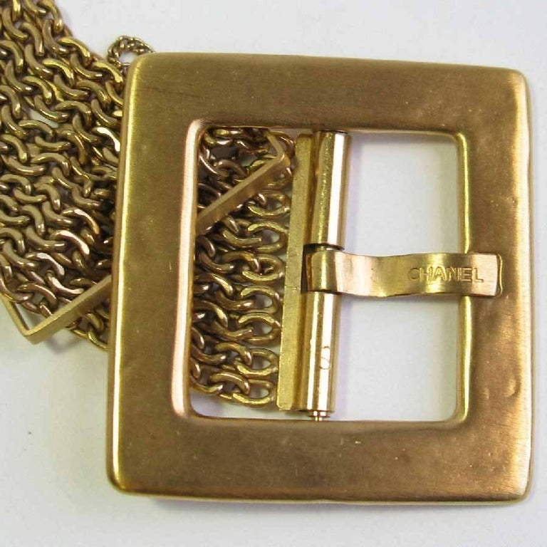 Chanel Nine Chains Gilt Metal Belt  In Good Condition For Sale In Paris, FR