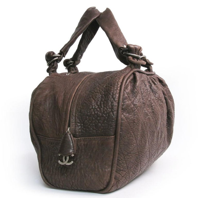 Women's CHANEL Large Bag in Brown Bull Leather For Sale