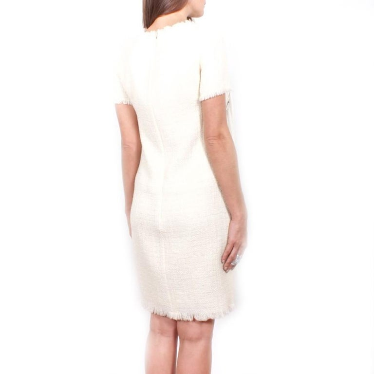 Chanel Cream Tweed Dress Embroidered with Pearls  In Excellent Condition For Sale In Paris, FR