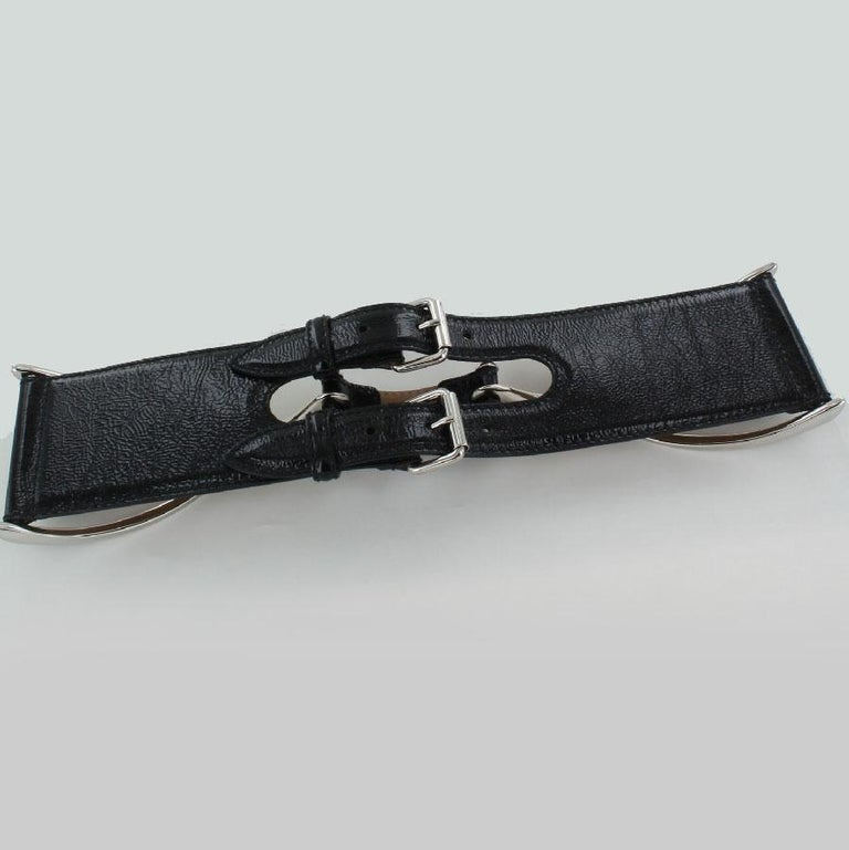 Women's ALEXANDER MCQUEEN Large Belt in Black patent Leather Size 75 For Sale
