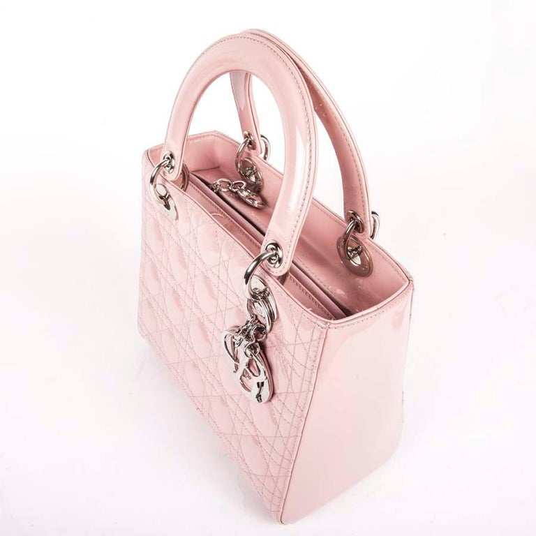 DIOR Lady Dior Bag in Pink Varnished Quilted Leather For Sale 1