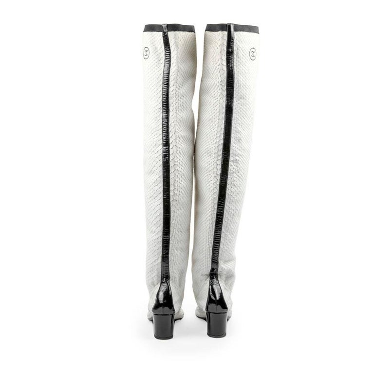 Gray CHANEL Thigh Boots in White Python Leather Size 37FR For Sale