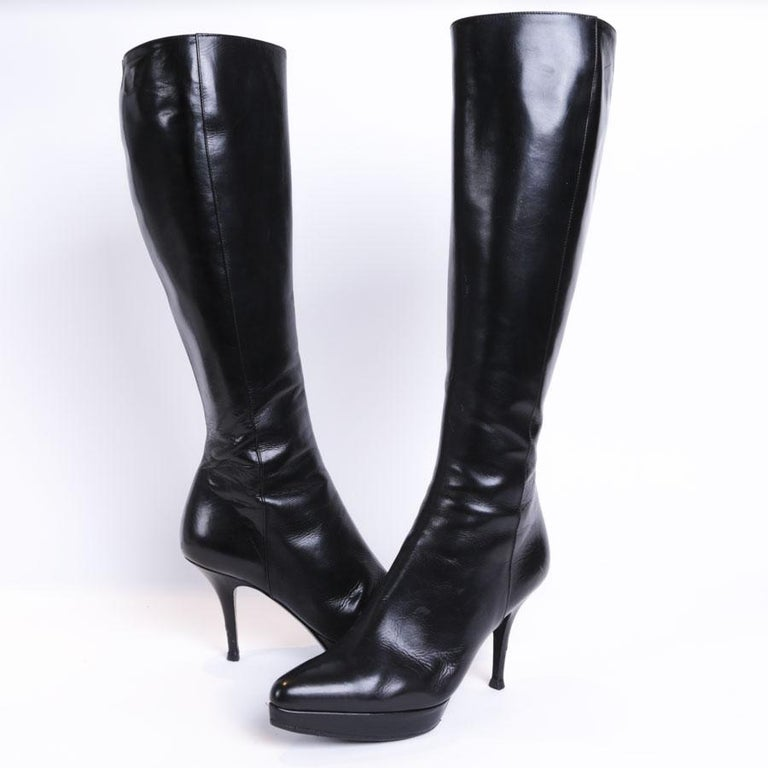 849e8edc16 YVES SAINT LAURENT High Heels Boots in Shiny Black Leather Size 37.5 FR