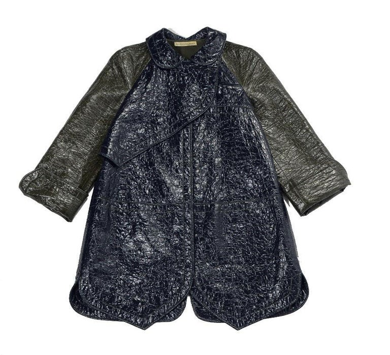 BALENICAGA Raincoat in Navy Blue and Khaki Green Waxed Cotton Size 40 For Sale