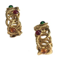 Unsigned Clip-on Creole Earrings in Twisted Gilt Metal and Multicolored Pearls