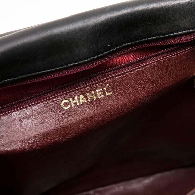 CHANEL Vintage Jumbo Bag in Black Quilted Lambskin Leather For Sale 8