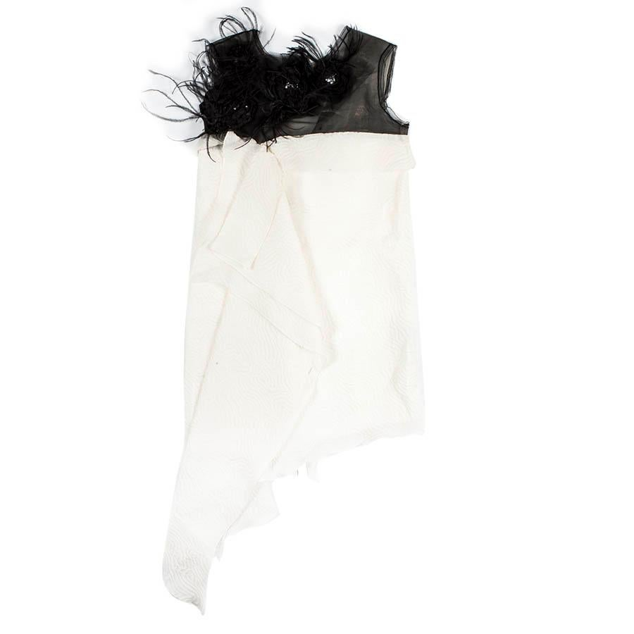 ROKSANDA Cocktail Dress in White Silk and Black Feathers Size 10UK