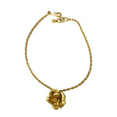 CHANEL Camellia Necklace in Gilt Metal