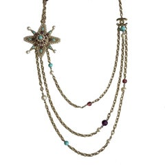 CHANEL Rare 3 Chains Necklace in Pale Gilt Metal, Pearls and Molten Glass