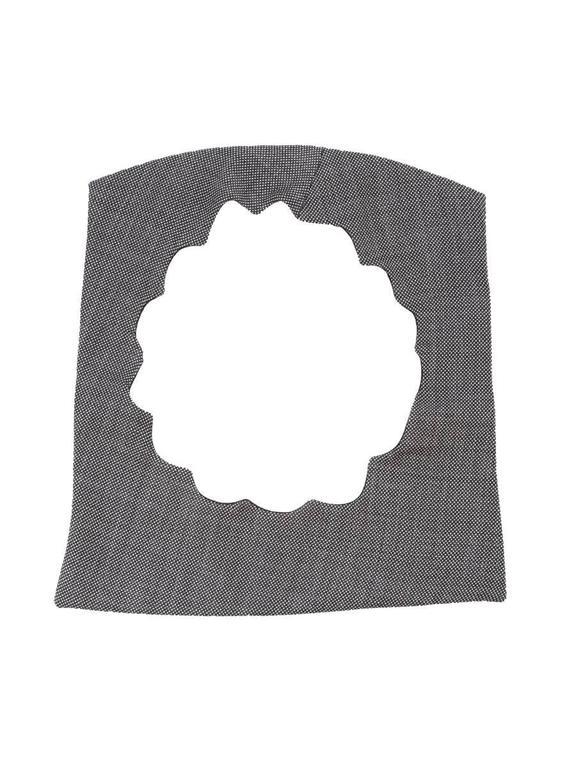 2002 Maison Martin Margiela Grey Fabric Cutout Neckpiece. In New Never_worn Condition For Sale In Laguna Beach, CA