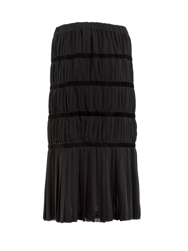f8b2a16963d2 Comme des Garçons Black Silk and Velvet Pleated Midi Skirt In New Condition  For Sale In
