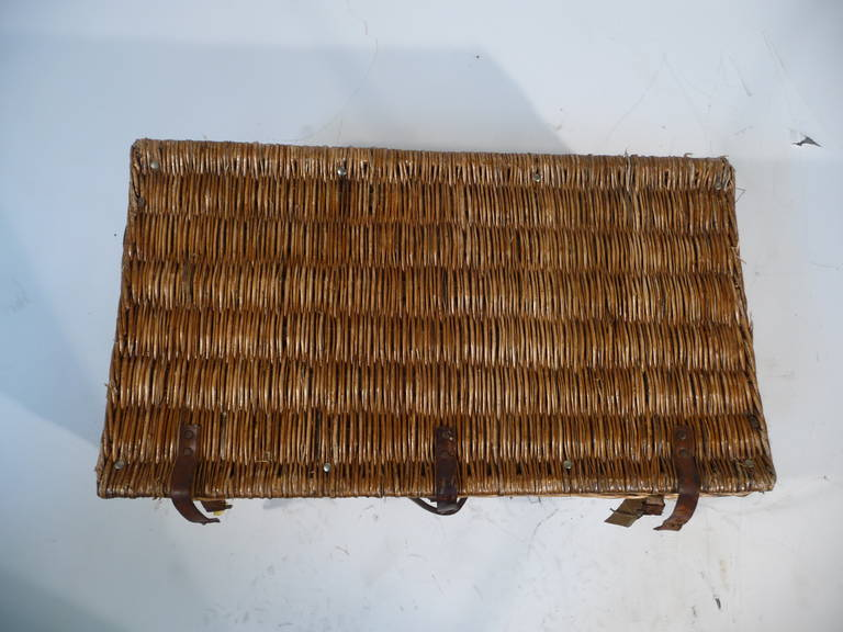 Basket Wicker Picnic Trunk for 12 Guests 1930s or Malle Pique-Nique 3