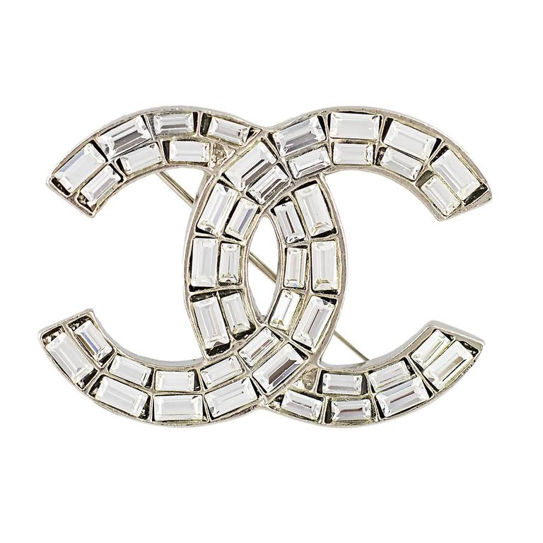 Chanel Crystal CC Logo Brooch 1