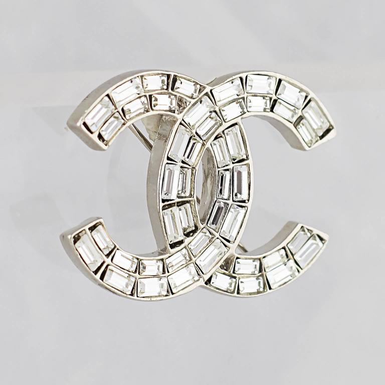 Chanel Crystal CC Logo Brooch 6
