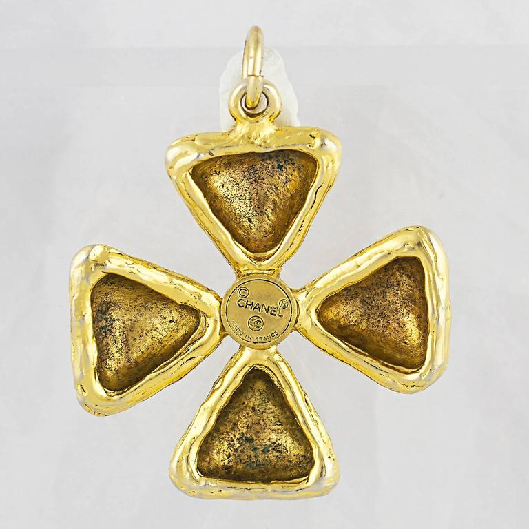 Chanel Gripoix Maltese Cross Pendant 4
