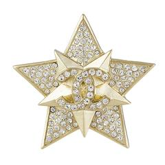 Chanel CC Star Brooch