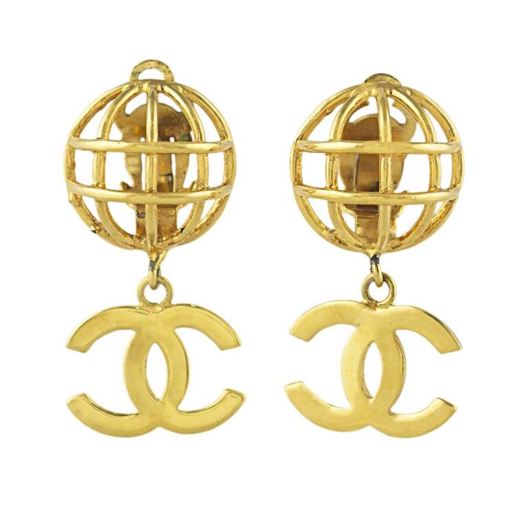 Chanel CC Logo Earrings 1