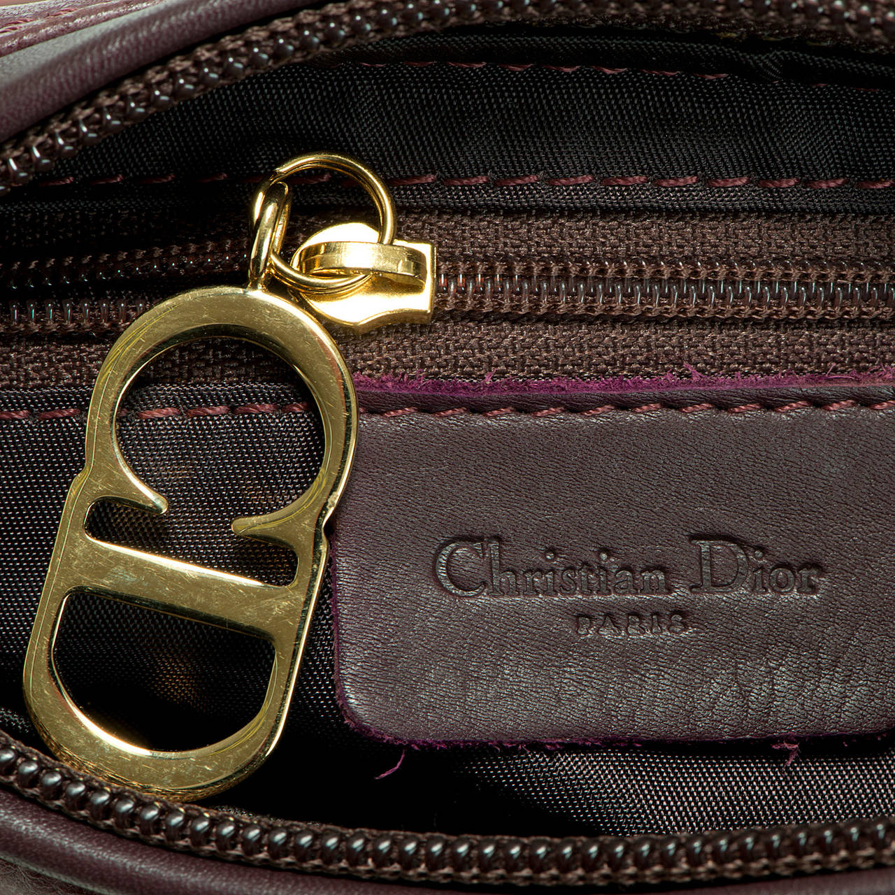 WOW ! Christian Dior Aubergine 'Saddle' Bag in Ostrich with Gold Logo Hardware 7