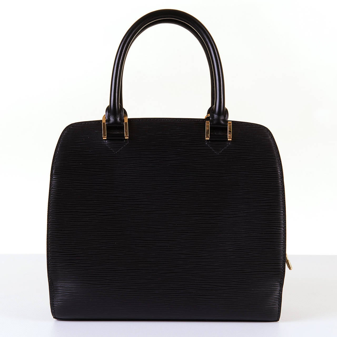 A Super Louis Vuitton 'Pont-Neuf' 25cm Black Epi Bag 2