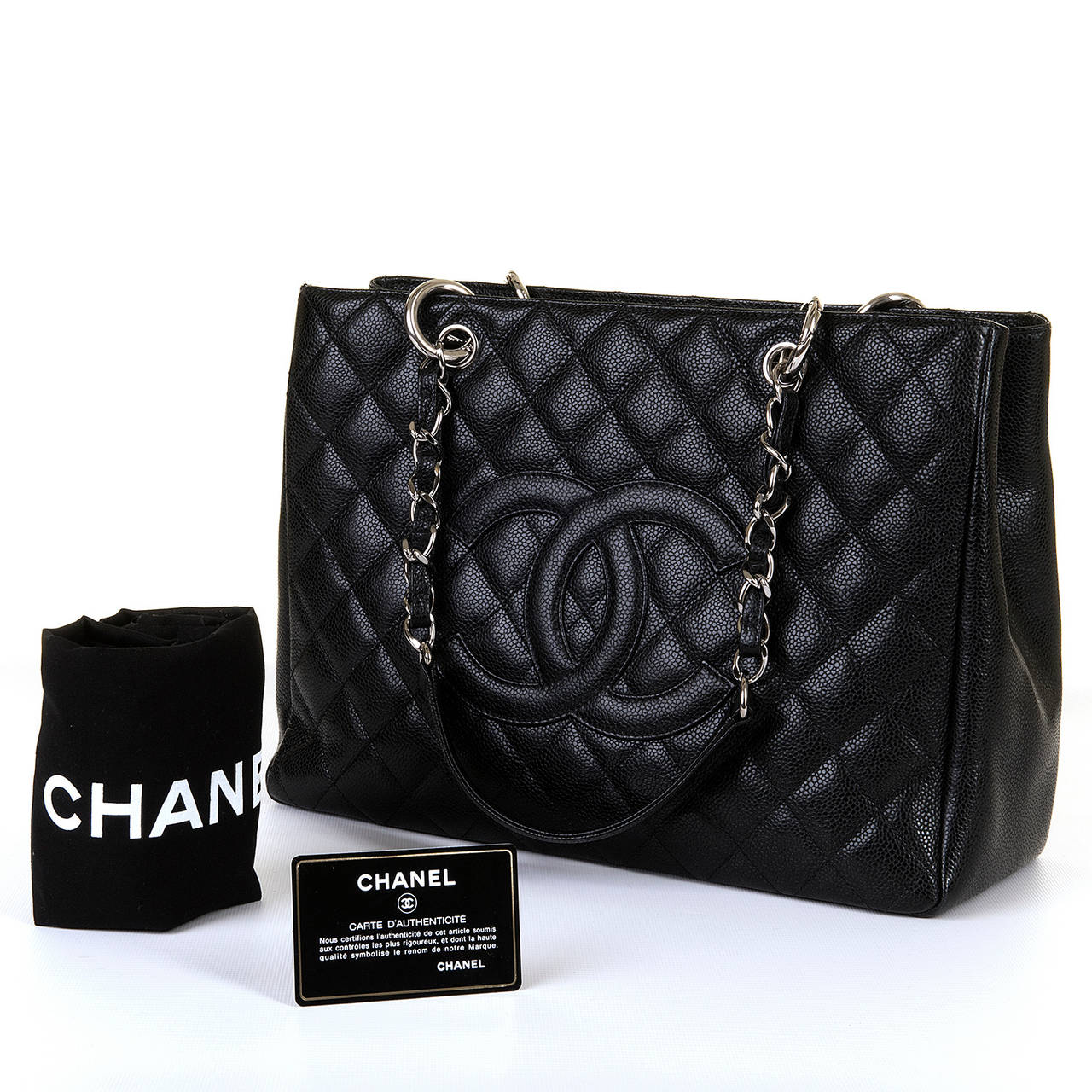 a fabulous chanel 39 sac shopping 39 in black quilted 39 cavier 39 calfskin at 1stdibs. Black Bedroom Furniture Sets. Home Design Ideas