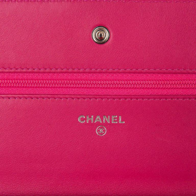 SO SO RARE Chanel 'Tres Chic' WOC Bag in Fushia Pink Python with SHW - Pristine  6