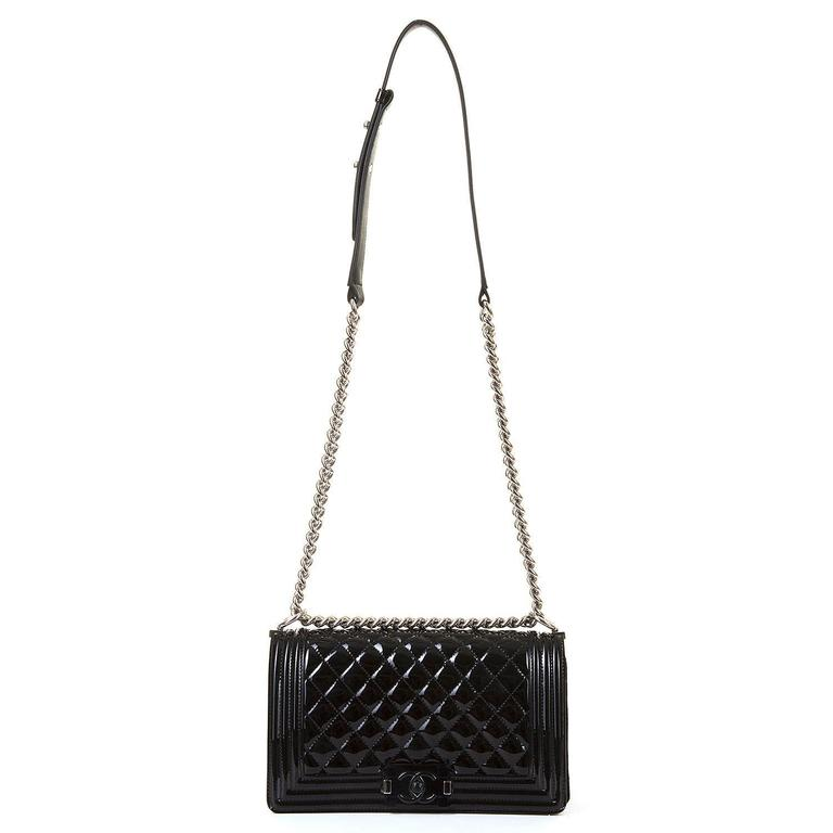 New & Unused Chanel 25cm Medium Black Patent 'Boy' Bag with Silver Hardware 4
