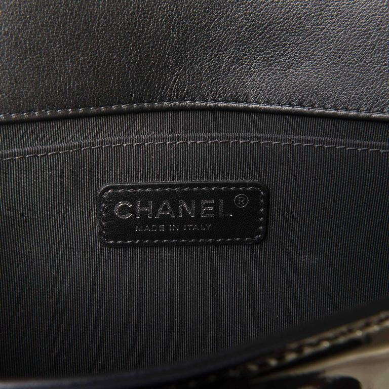 New & Unused Chanel 25cm Medium Black Patent 'Boy' Bag with Silver Hardware 5