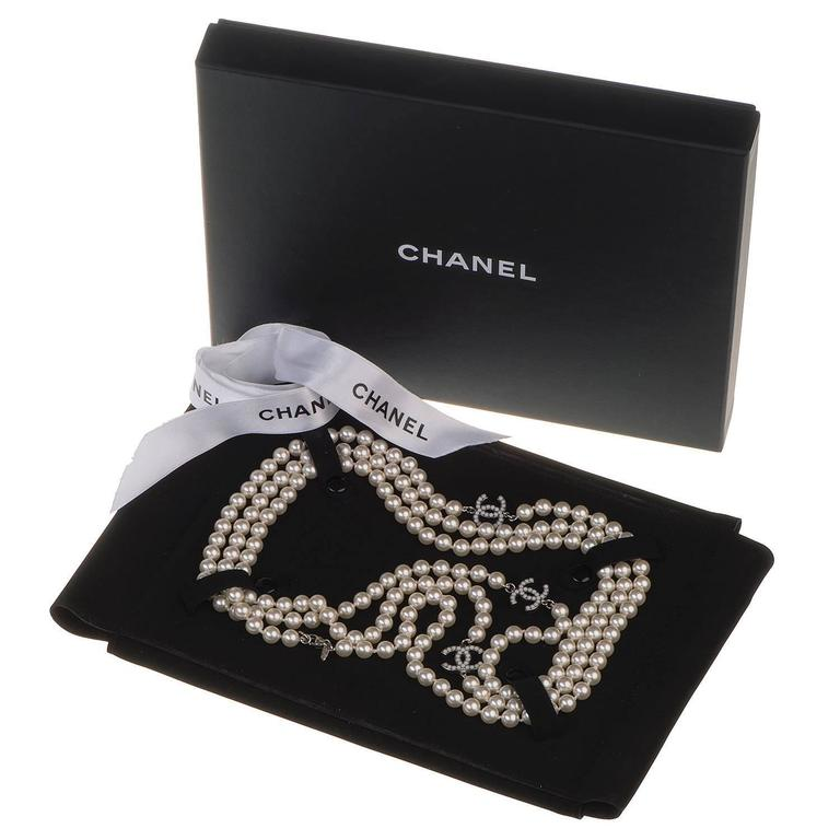 WOW Chanel 3-String Pearl Sautoir with 3-Inset Interlocking 'C's in Faux Pearl 2