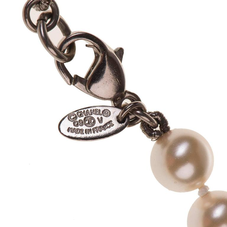 WOW Chanel 3-String Pearl Sautoir with 3-Inset Interlocking 'C's in Faux Pearl 3